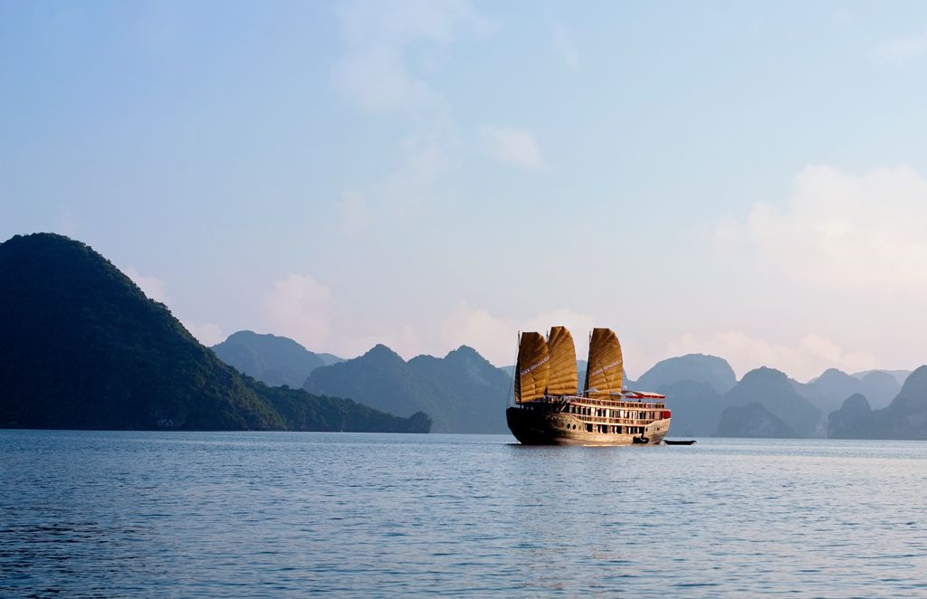 Interesting Facts About Halong Bay You May Not Know - Indochina Sails