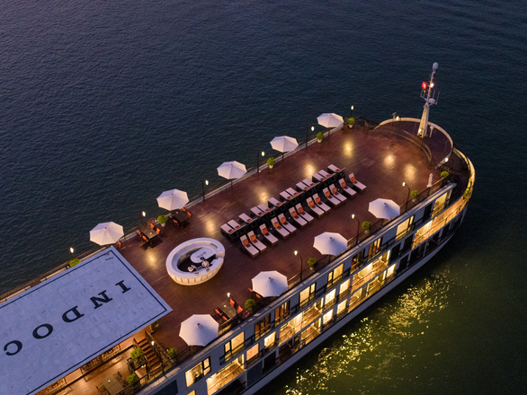 The Perfect Cruise for Year-End Parties in Halong Bay